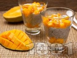 Здравословен плодов чия пудинг с манго и кокос - снимка на рецептата